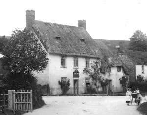 The White Hart early 20C