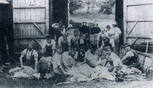chitterne-barn-1895