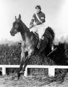 Horse Racing - Cheltenham Festival - Cheltenham Gold Cup - Cheltenham Racecourse