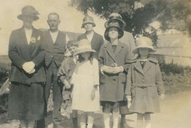 breach hill famiy 1925