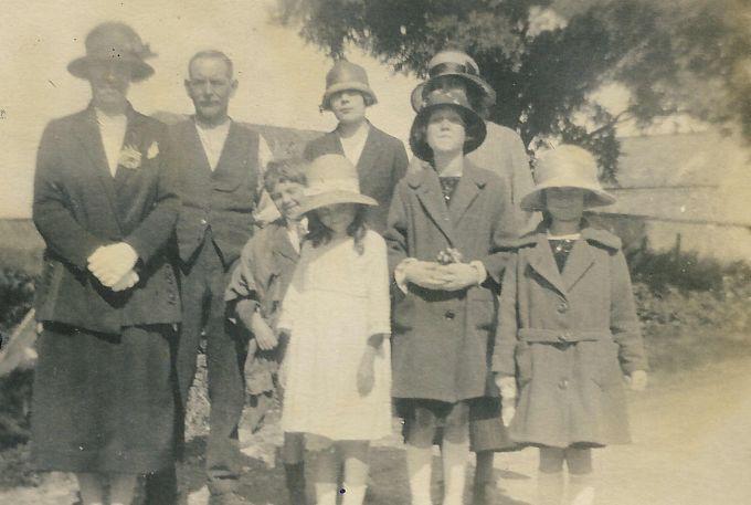 breach hill famiy 1925