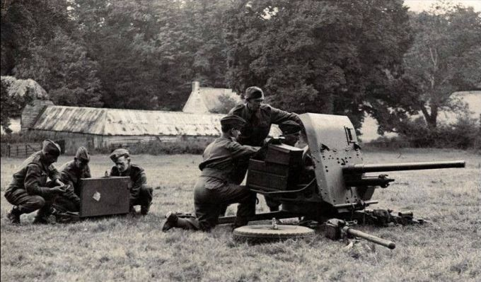 Chitterne Home Guard going through their paces on the 2 pounder Anti Tank gun